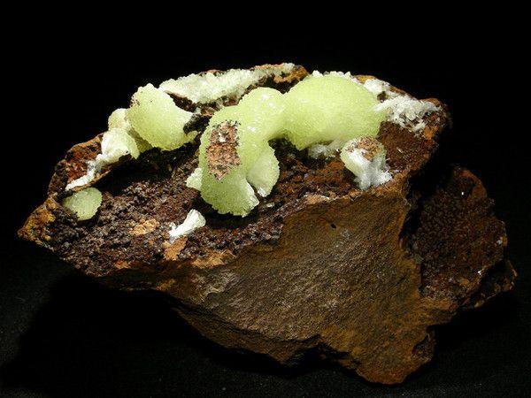Roches et minéraux - L'adamite -