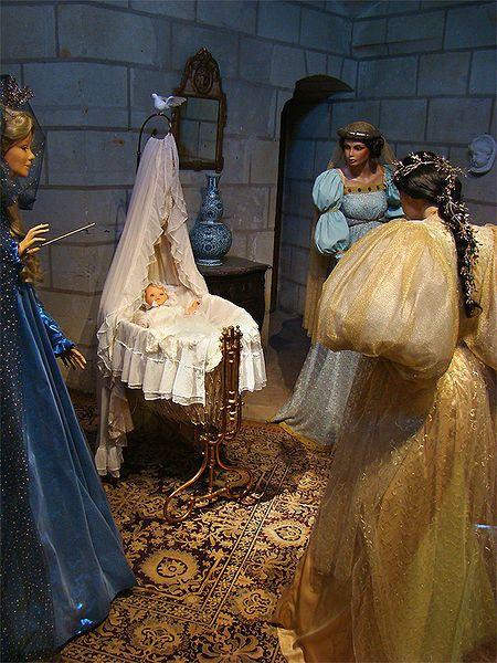 Les Fées - Fée fata ou fée marraine -