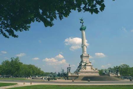 Tourisme et histoire - Bordeaux -Esplanade des Quinconces -