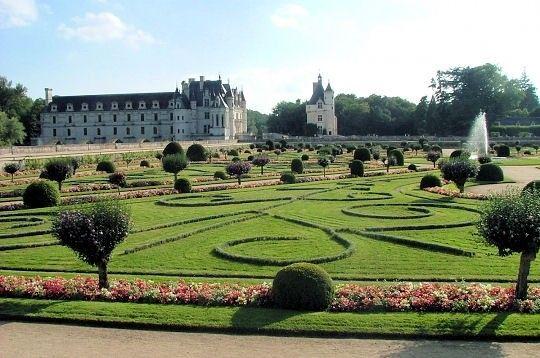 Chateaux de la loire chenonceau jardins catherine centerblog - Le jardin des fleurs poitiers ...