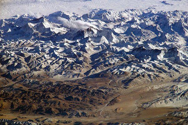 Montagnes et failles - L'Himalaya - 1 -