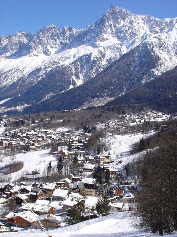 Montagnes et failles-Chamonix Mont Blanc-vallée et massifs