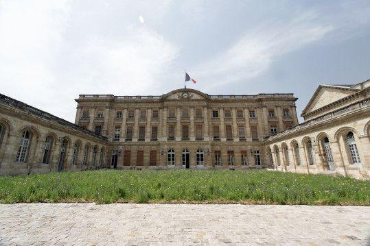 Tourisme et histoire - Bordeaux - Le palais Rohan -