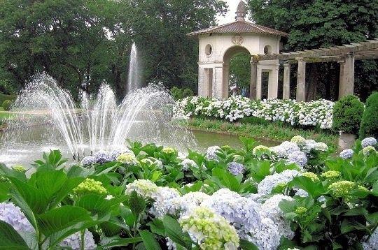 Parcs et jardins massifs et parterres floraux for Jardin de fleurs a couper