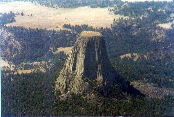 Montagnes et failles - Devil's Tower -