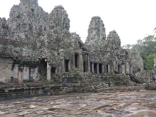 Angkor-Bayon-Temple.jpg