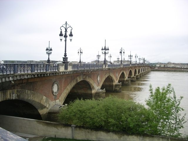 Bordeaux-MontaubanP4818-copie-1.jpg