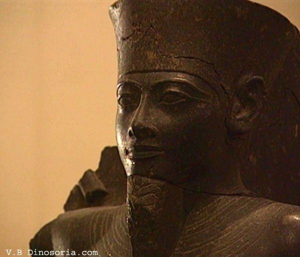 akhenaton-19a479b.jpg