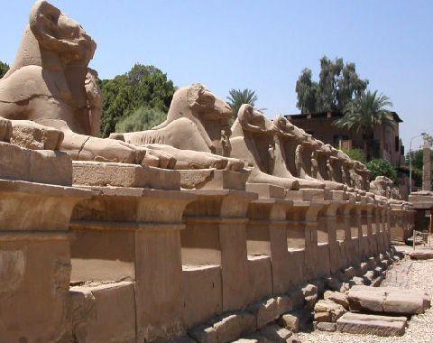 allee-des-sphinx-karnak-22078bf.jpg