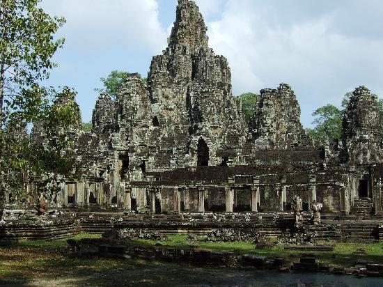 banyon-temple-angkor.jpg