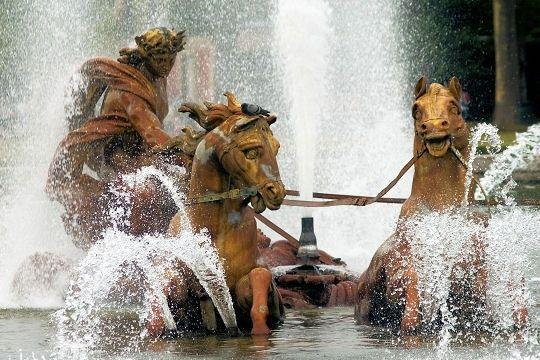 bassin-d-apollon-540009-1a26292.jpg