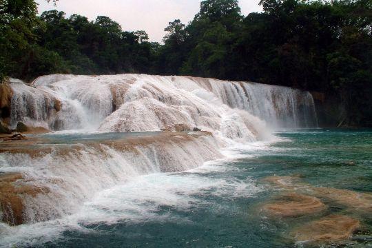 cascades-agua-azu.jpg