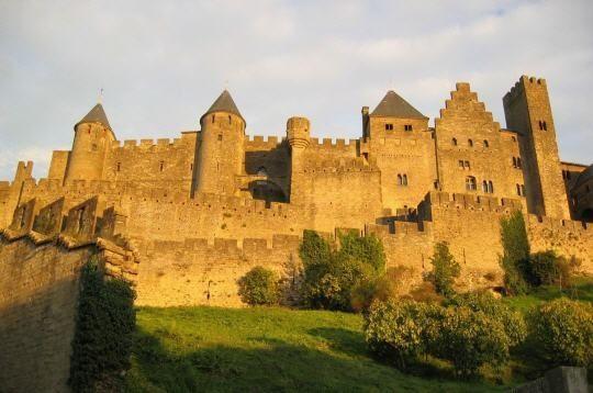 chateau-243728-229f50a.jpg