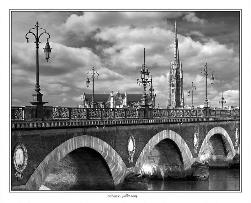 cp-img-0660-2-pont-de-pierre.jpg