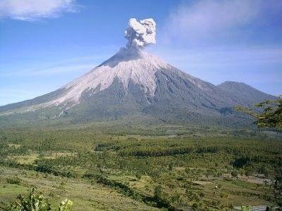 Les volcans - Le Semeru -