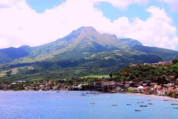 Les Volcans - La Montagne Pelée -