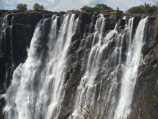 Chutes d'eau - Les chutes Victoria -