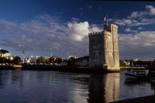 Villes françaises -La Rochelle - Tour Saint Nicolas -