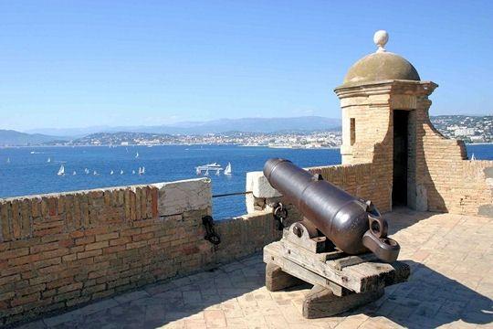 fort-royal-cannes-599730-1ed9c20.jpg