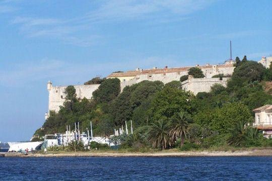 fort-royal-sainte.jpg