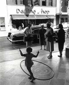 hula-hoop-6f993b.jpg