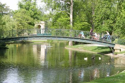 Tourisme et histoire bordeaux for Le jardin botanique bordeaux