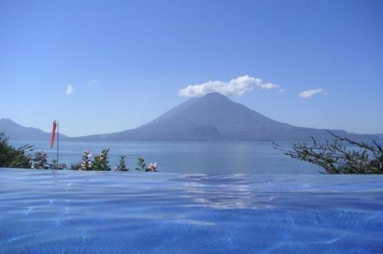 lac-atitlan-guatemala-248244.jpg