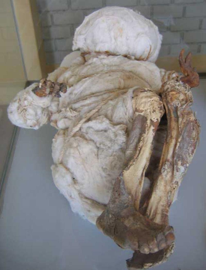 momie-enfant-137182d.jpg