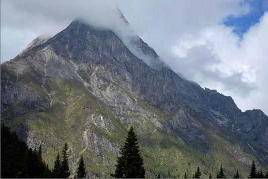 montagnes-sichuan-771536.jpg