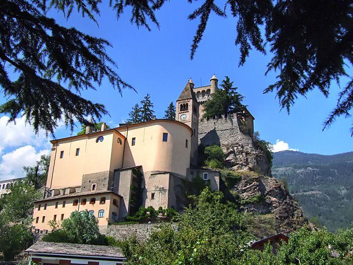 saint_pierre_chateau-19b7b44.jpg