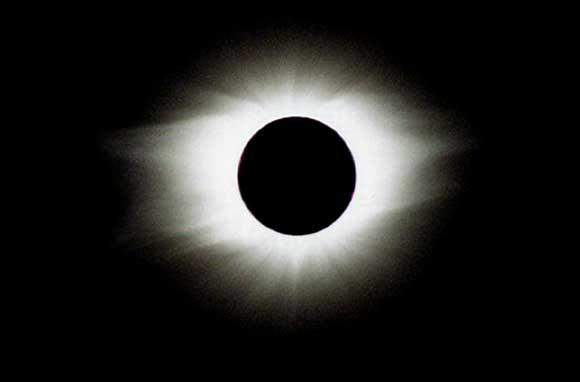 soleil_eclipse.jpg