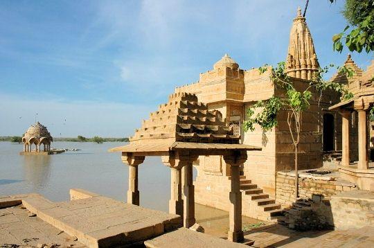 temples-brahmaniques-282479-2296e53.jpg